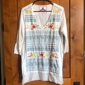 Beautiful embroidered tunic!